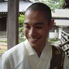 日蓮宗の蓮華寺の副住職金子朋史さん