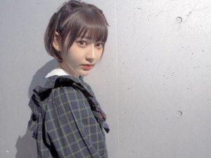 ショートヘアの宮脇咲良さん