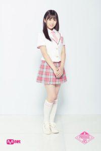 プデュ48のピンクの制服の全身画像の矢吹奈子