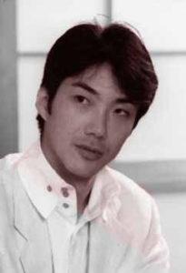 若かりし野村萬斎の白黒画像